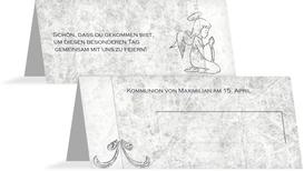 Tischkarte Kommunion Relief-Engelchen - Grau (K32)